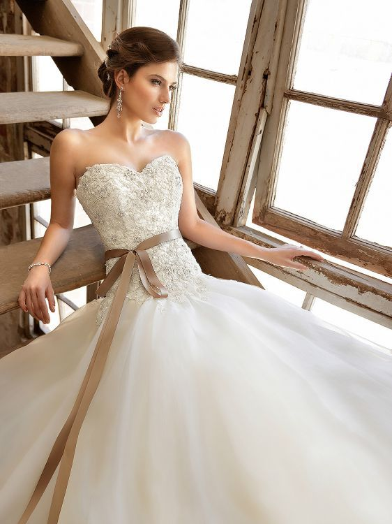 Essence of australia sophies gown shoppe for Essence australia wedding dresses