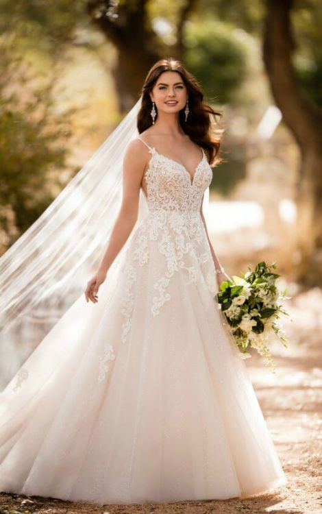 Essence of Australia - Sophies Gown Shoppe